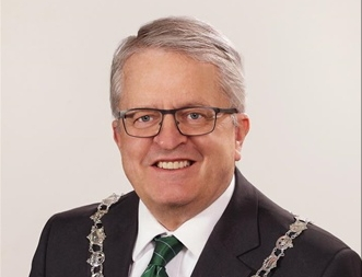 Mayor 1st to register for election this fall